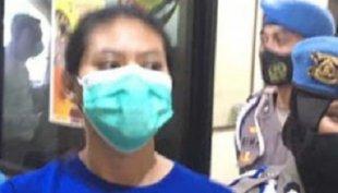 Cewek Salon Peracik Takjil Sate Racun Sianida