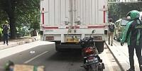 Jalan Amblas Daan Mogot Makan Korban, Penumpang Ojol Tewas Dilindas Tronton
