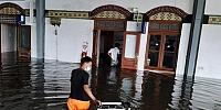 Banjir Rendam Bandara Dan Stasiun, Semarang Mirip Kota Kobakan