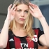 Putri Eks Big Boss AC Milan Jadi Tukang Cukur Rambut
