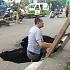 Habis Banjir Terbit Jalan Bolong