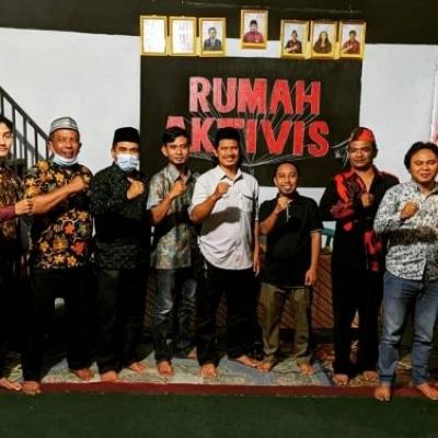 Hari Pahlawan, Kader Tunas Hingga Stafsus Jokowi Ngobrol Gerakan Di Rumah Aktivis Tasikmalaya