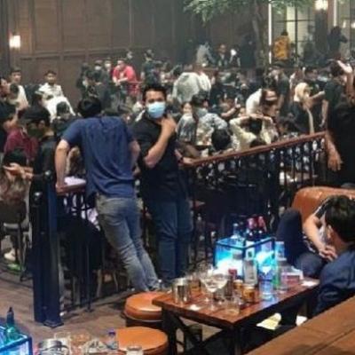 Kerumunan Di Holywings Kemang Bikin Susah Warga Jakarta