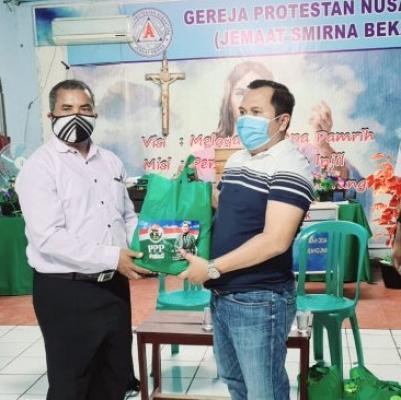 PPP Kota Bekasi Kunjungi Gereja dan Beri Bantuan Paket Sembako