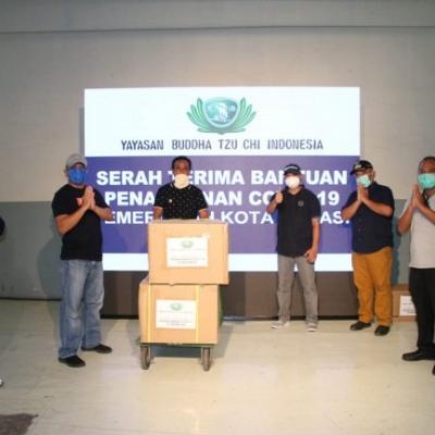Yayasan Buddha Tsu Chi Indonesia Bantu Alat Rapid Test dan APD ke Pemkot Bekasi