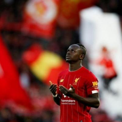 Liverpool Lindungi Mane dari Los Blancos Dengan Kontrak Anyar