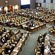 Ribut dan Nyaris Adu Jotos, Ini Kelakuan Senator Mirip Bocah